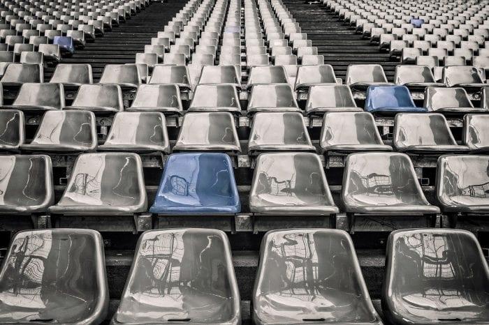 Corona-Regeln verschärft: Nur noch 1.500 bzw. 1.000 Zuschauer erlaubt