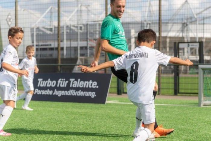 Porsche kooperiert mit Borussia Mönchengladbach und weitet damit Engagement im Jugendfußball aus